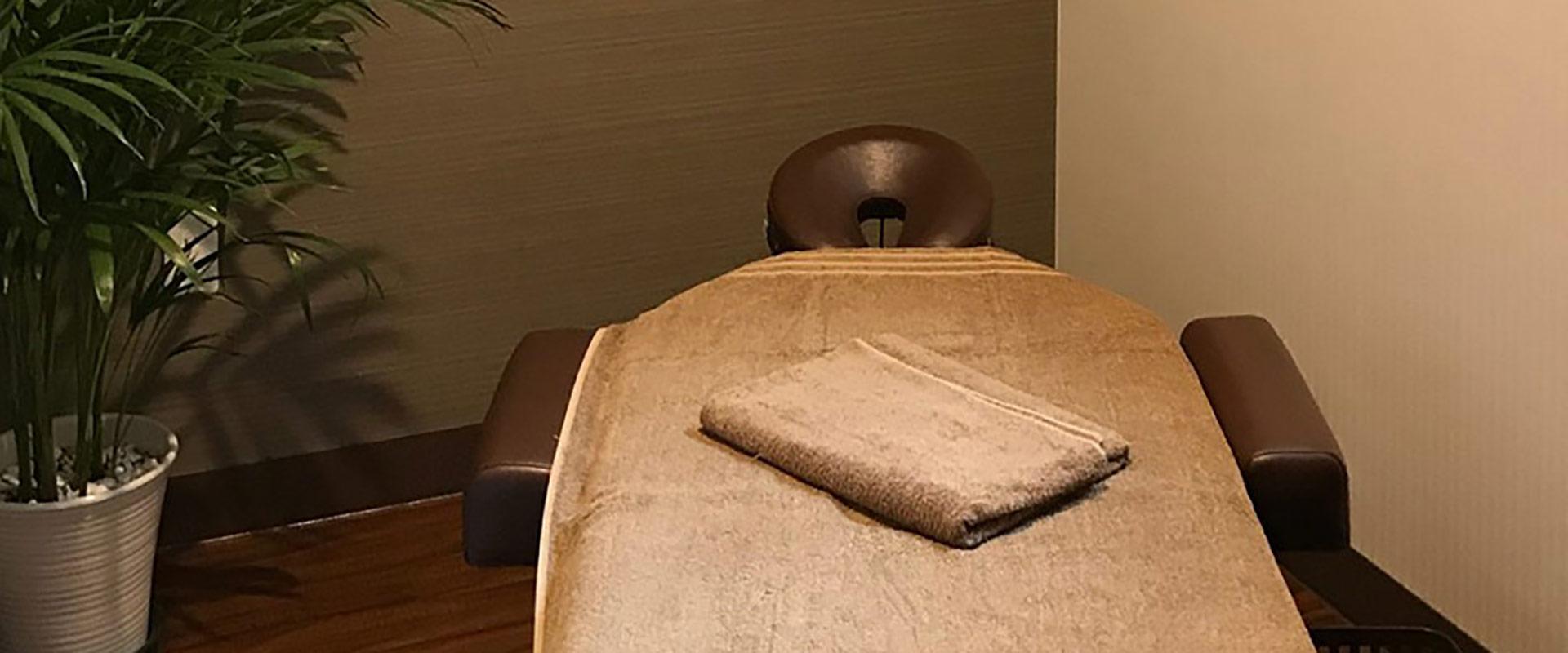 【ベッド・タオル付】完全個室のシェアサロン(レンタルルーム)で手ぶらで気軽にシェア!